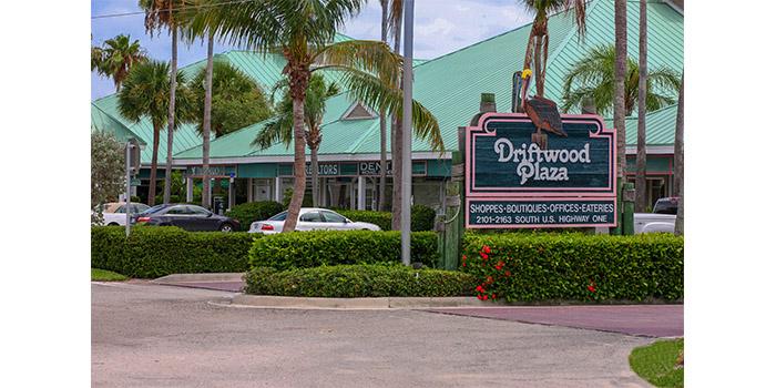 Driftwood Plaza Image 1jpg