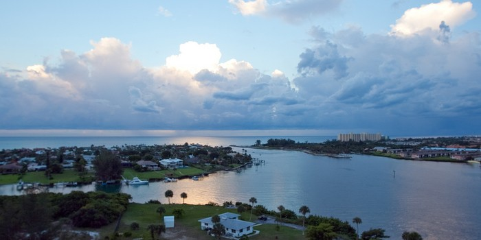 Internship Opportunities with Florida Coast Magazine