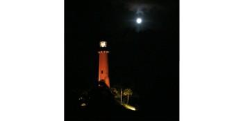 Lighthouse Moonrise Tour