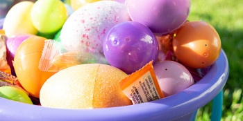 Rob Thomson Jupiter Realtor donates 500 Easter Baskets To Bring Easter Joy to Families in Need
