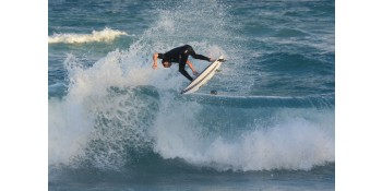 Jupiter Surfers Score Big at ESA Regionals Surf Contest