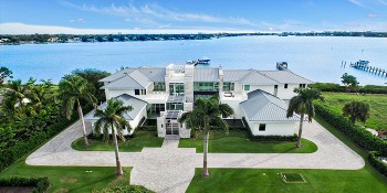 Luxury Home Builder in Jupiter FL Talks About Building Along the Intracoastal